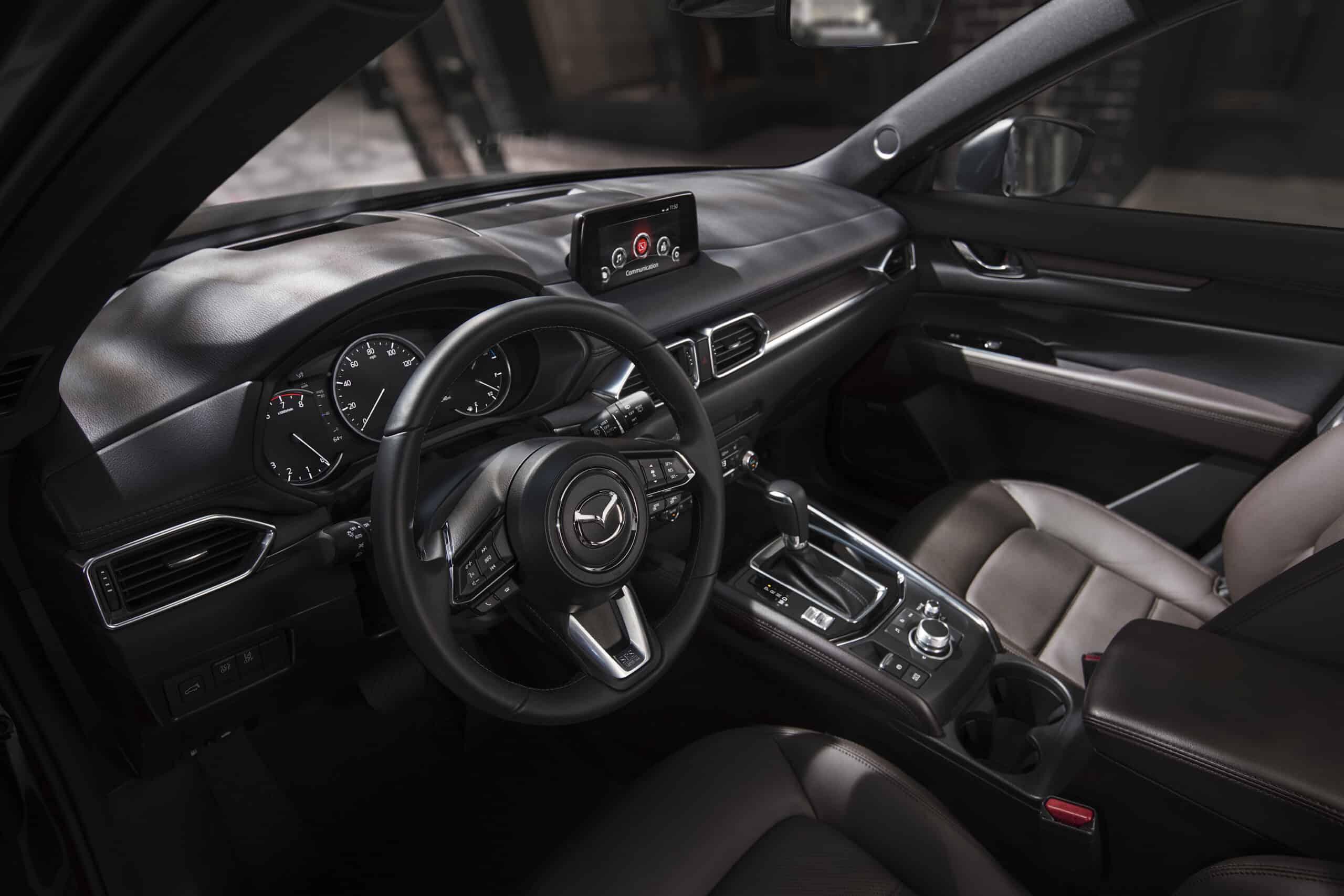 Tableau de bord du Mazda CX-5 2020