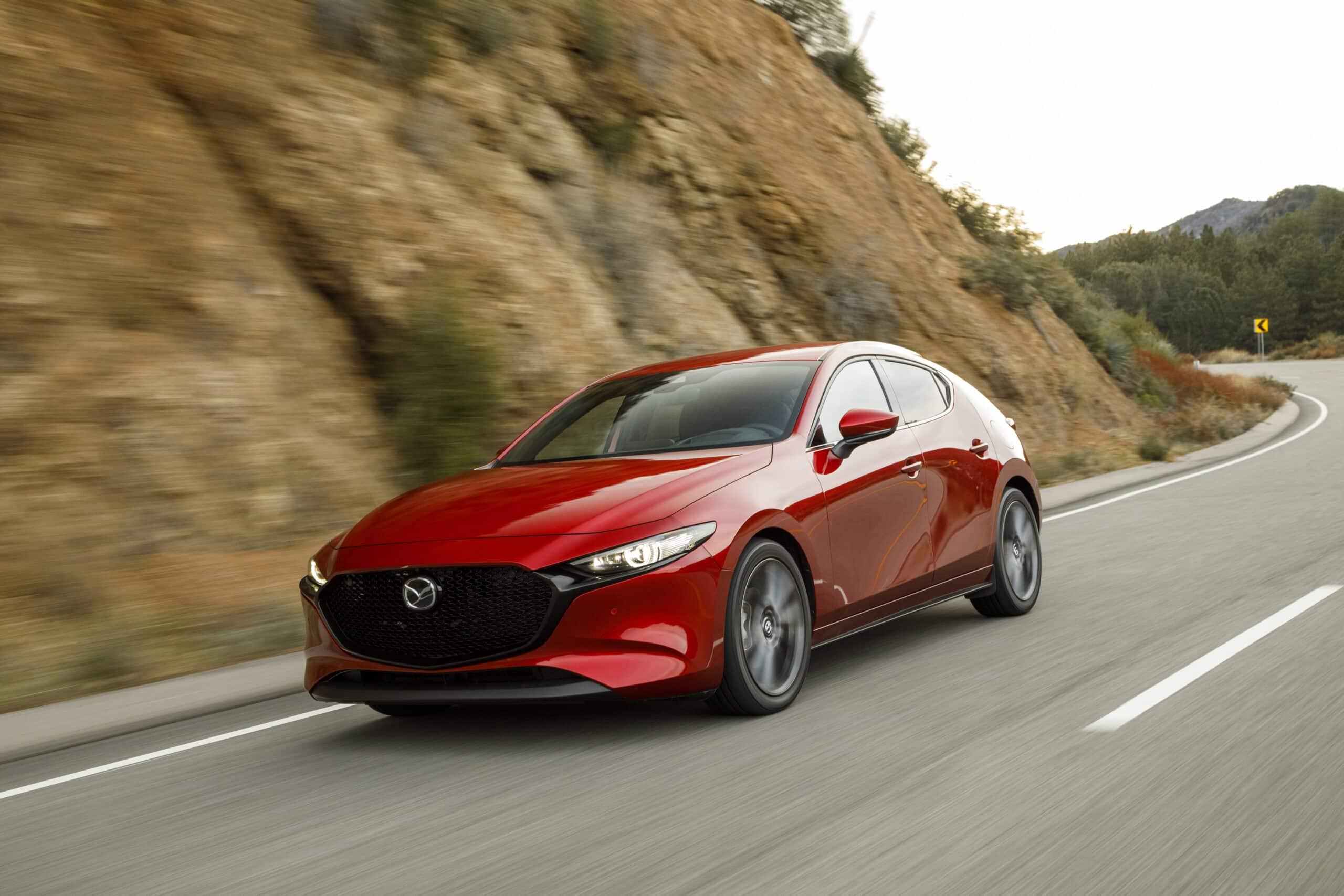 Mazda3 Sport 2020 rouge