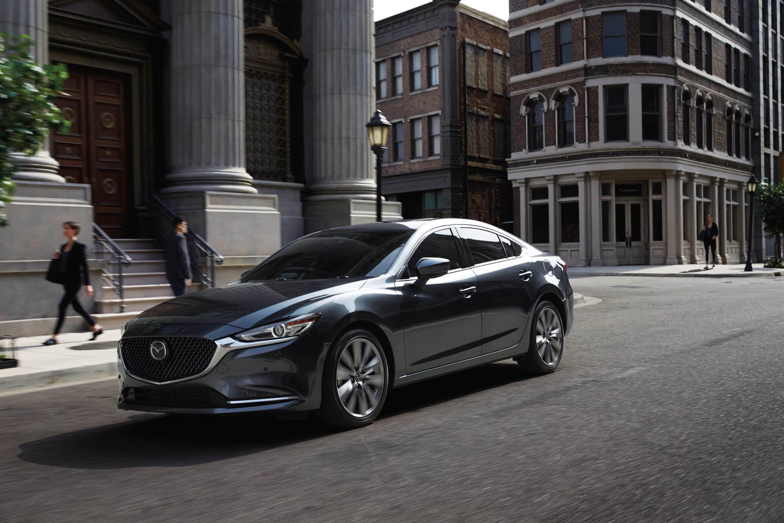 Devant de la Mazda6 2020 grise